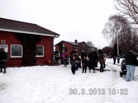 für die Kinder gab es Stockbrot Foto: K. Kastenholz